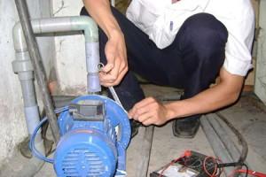 Thợ chuyên sửa chữa máy bơm tại quận 2